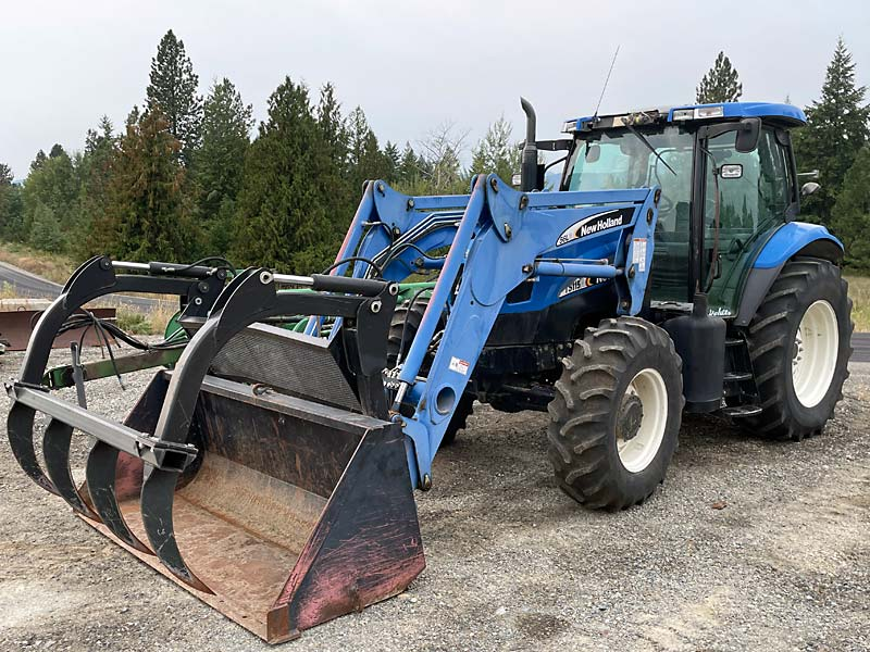 New Holland TS115A Tractor Loader